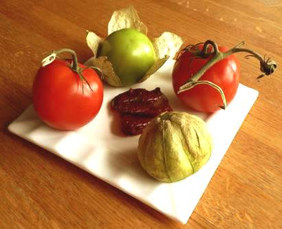 tomatos and tomatillosc_.jpg